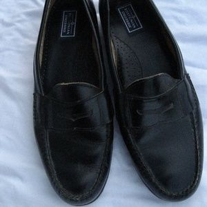 Bostonian Black Leather Slip On Penny Loafers 11M